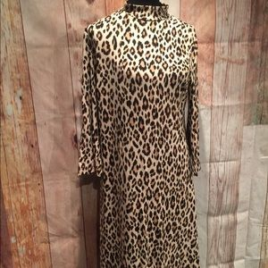 Nice Size 1 Chico's leopard print dress   P302